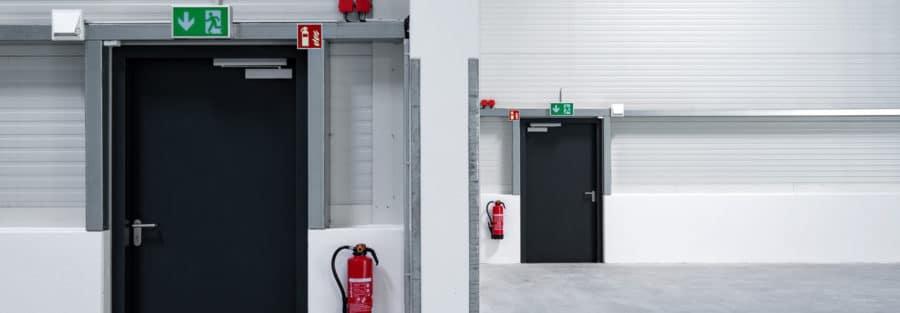 Wir warten und reparieren Ihre Brandschutztüren