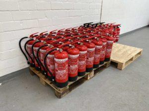 Feuerlöscher Lieferung auf Palette